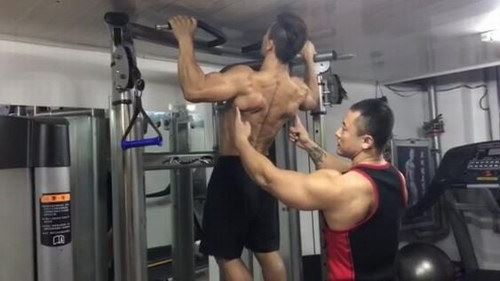 辛健增肌训练营(标清视频)百度网盘